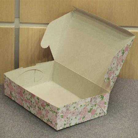 Коробка для пирожных 22*15*6 см. цветная