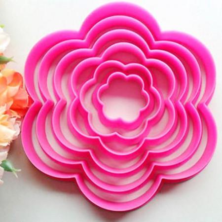 Набор вырубок для пряников  пластиковых 6 цветков