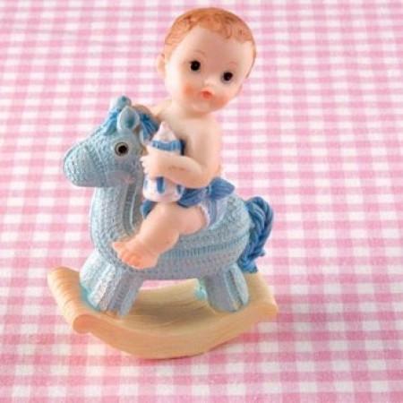 Новорожденный ребенок на лошадке 7х4х11см, пластик, мальчик